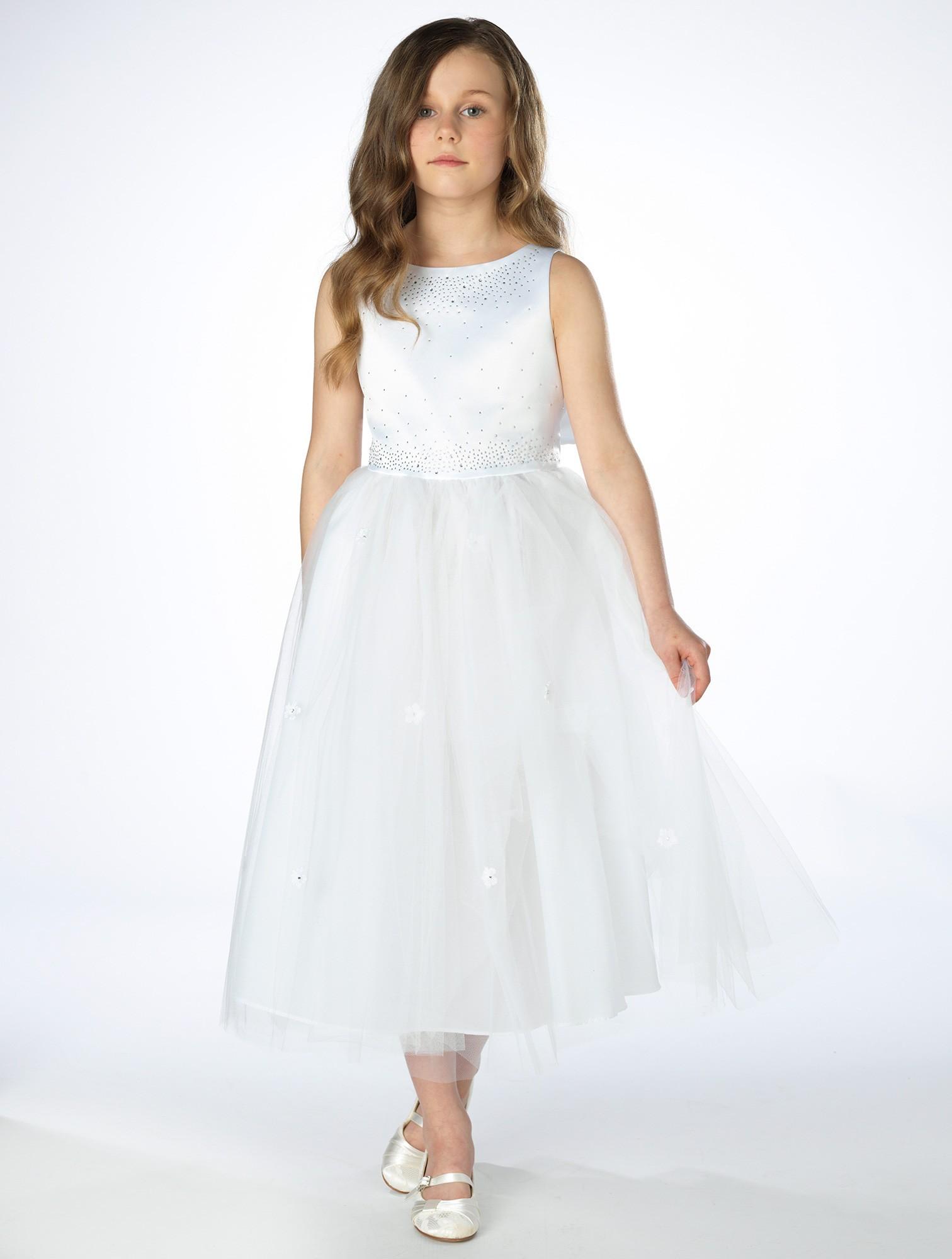 5be7a2b7cc2f Dívčí společenské bílé šaty Tamara